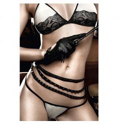 Conjunto de sujetador y tanga en color crema con encaje negro
